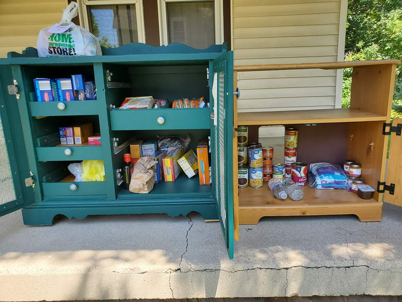 Michelle's Little Free Pantry - Greenwood Photo 1