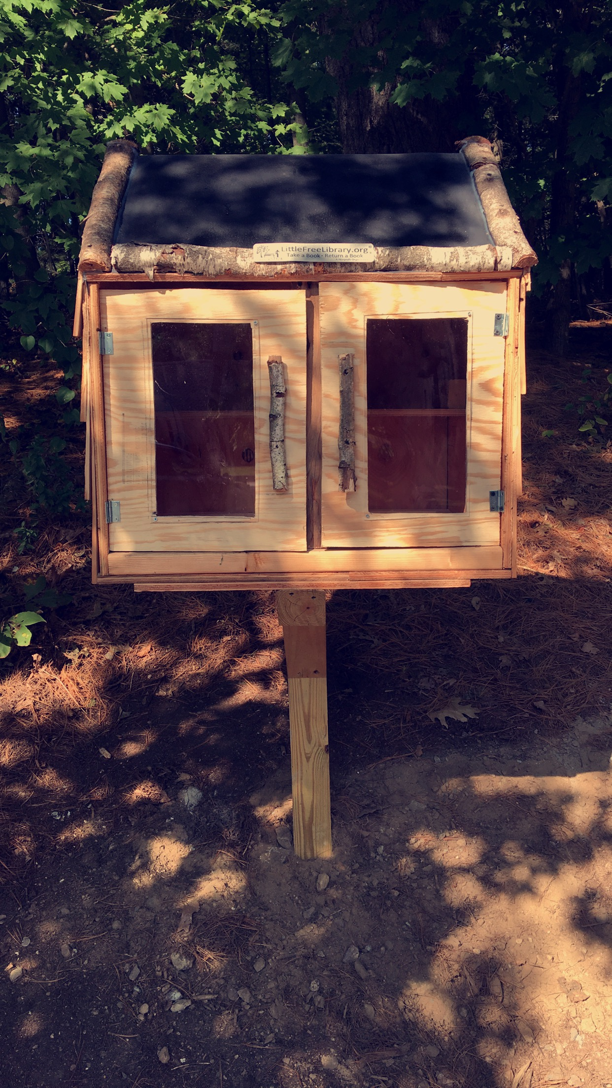 LIttle Free Library/Blessing Box Photo 1
