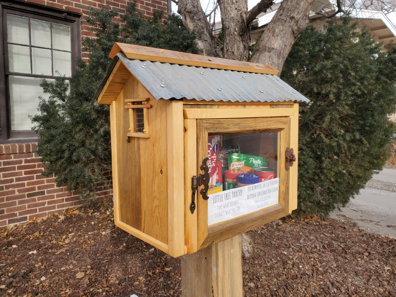 Nebraska Giving Realty Little Free Library Photo 2