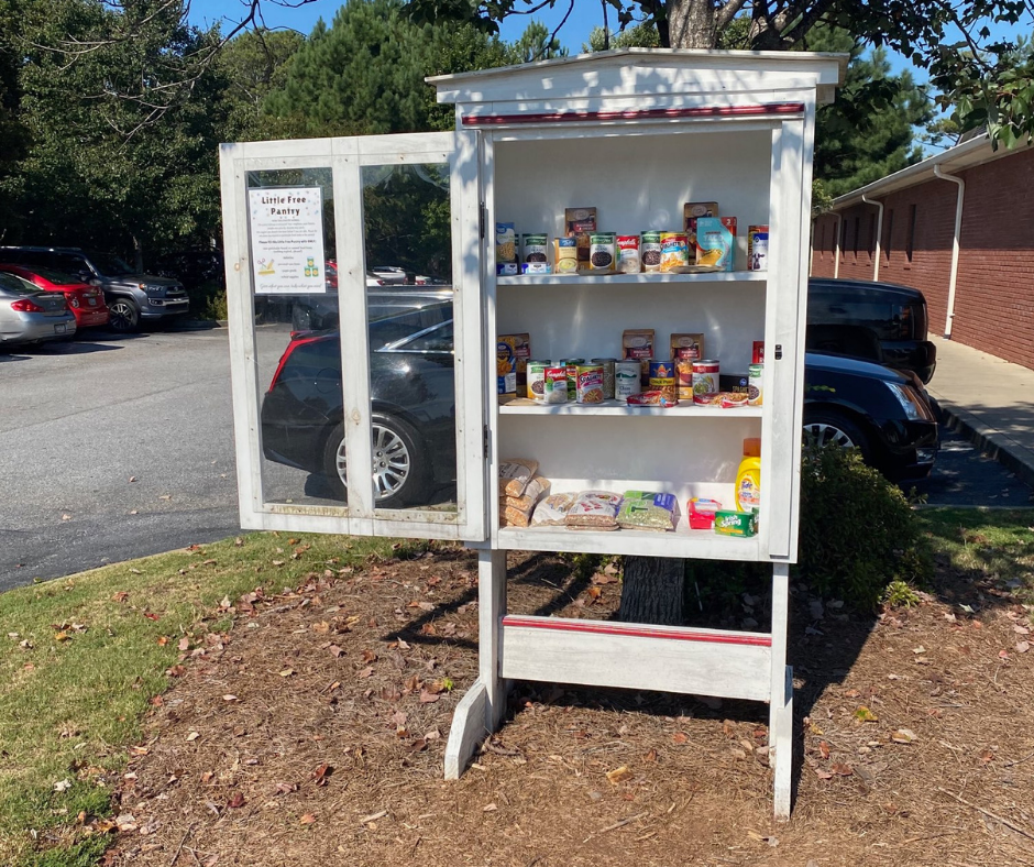 Oconee Valley Healthcare Little Free Pantry Photo 1