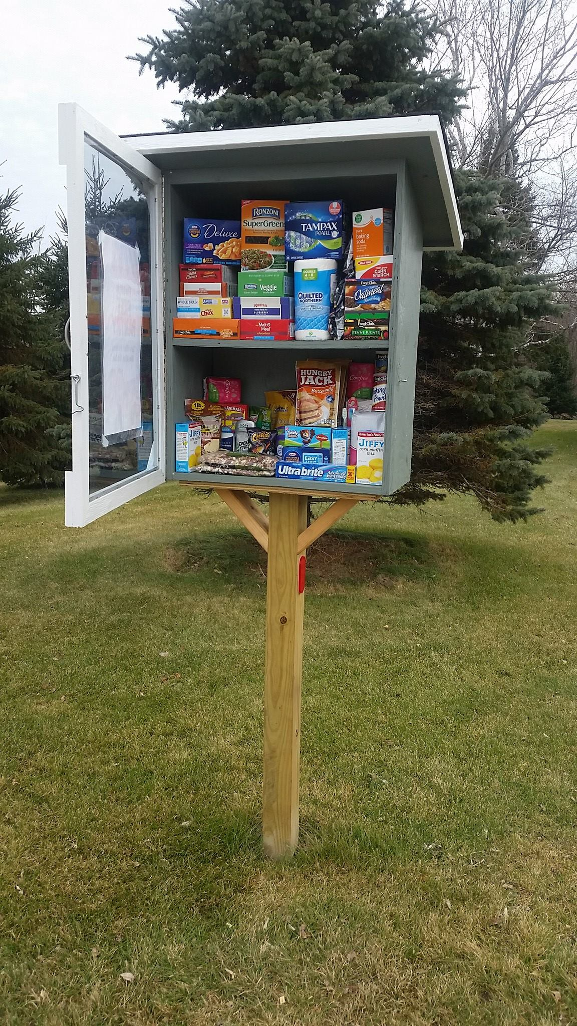 Sobieski Community Pantry Photo 2