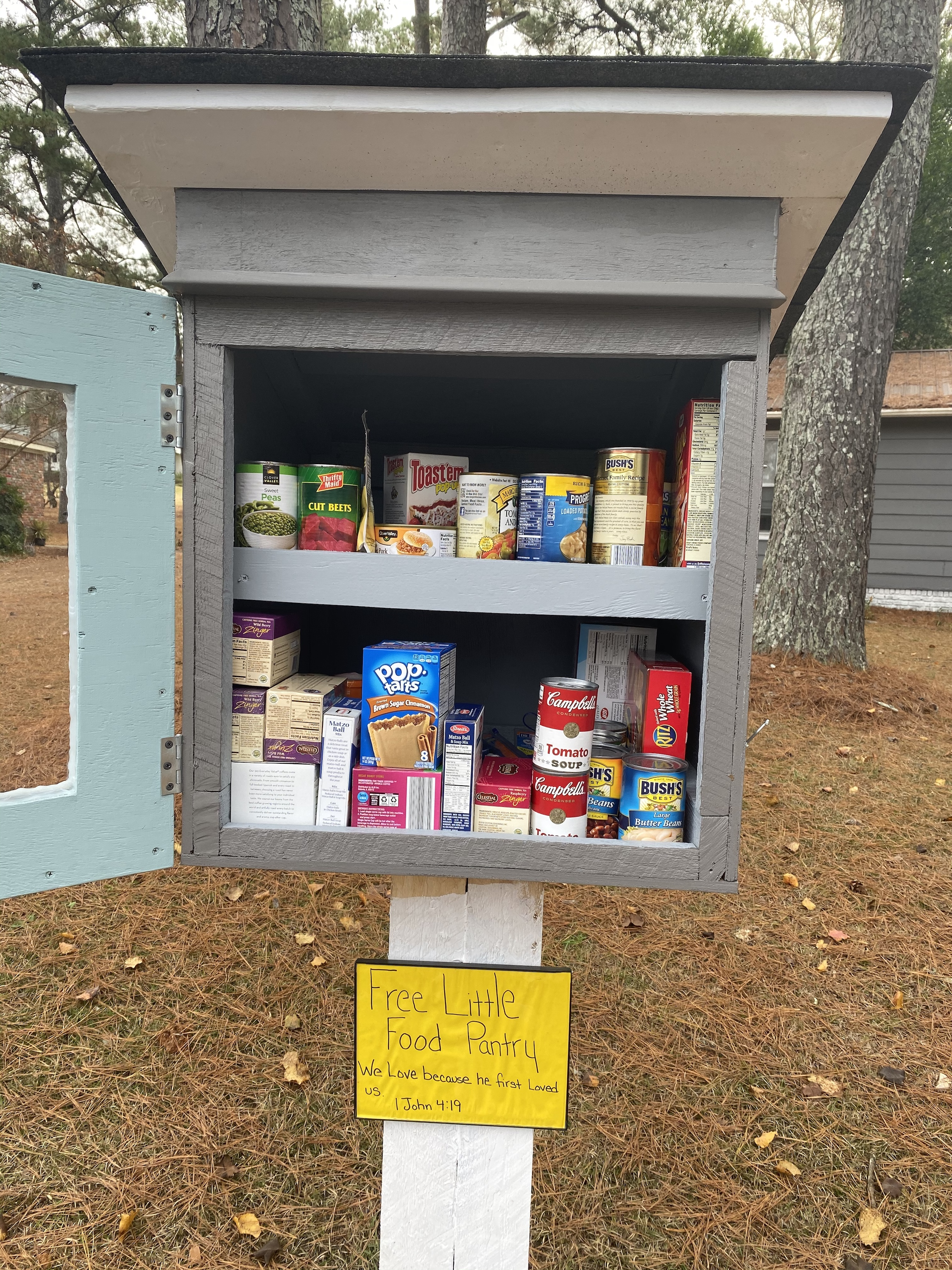 Free Little Food Pantry on Crestwood Dr. Photo 2