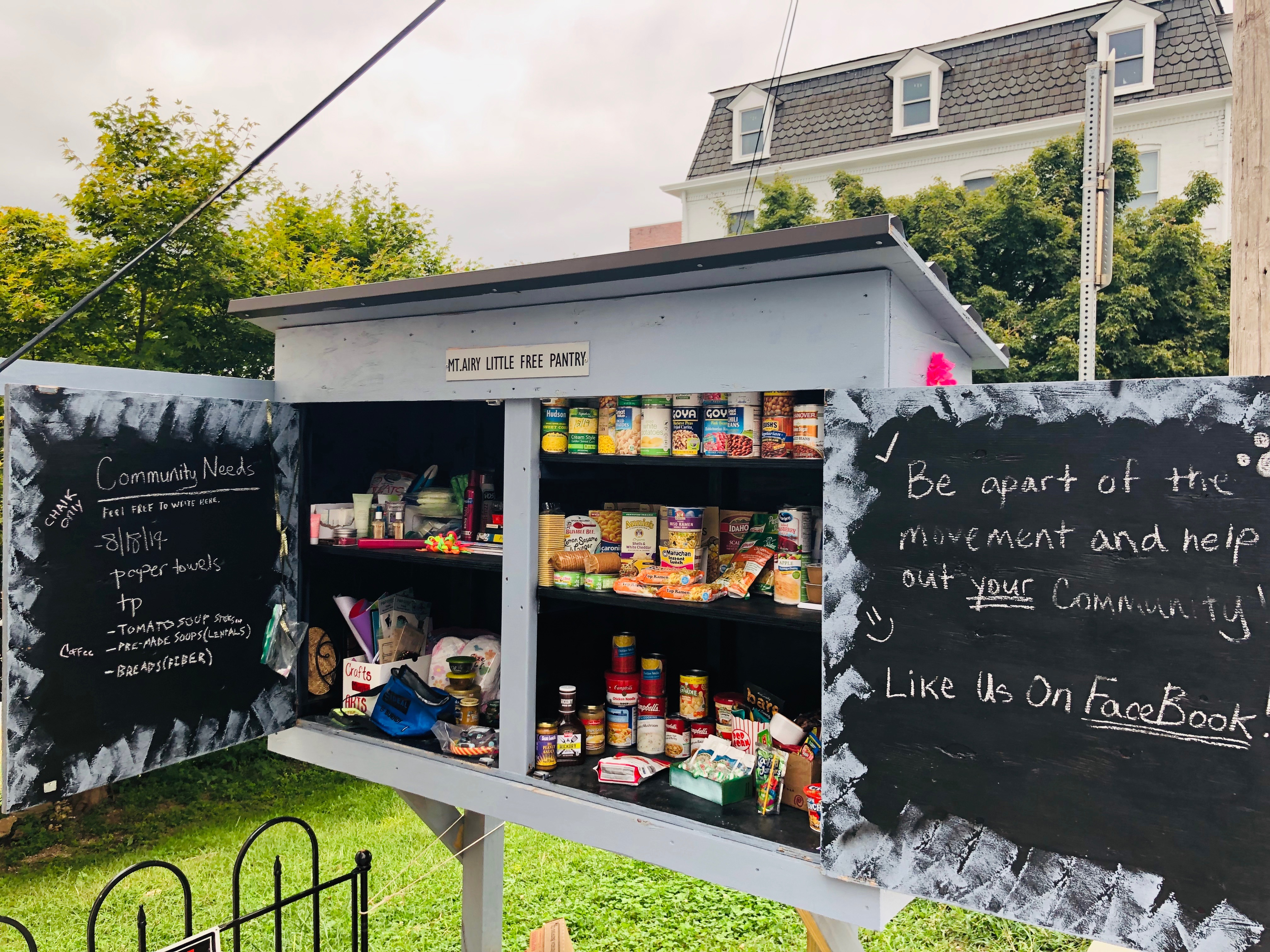 Mount Airy little free pantry Photo 1