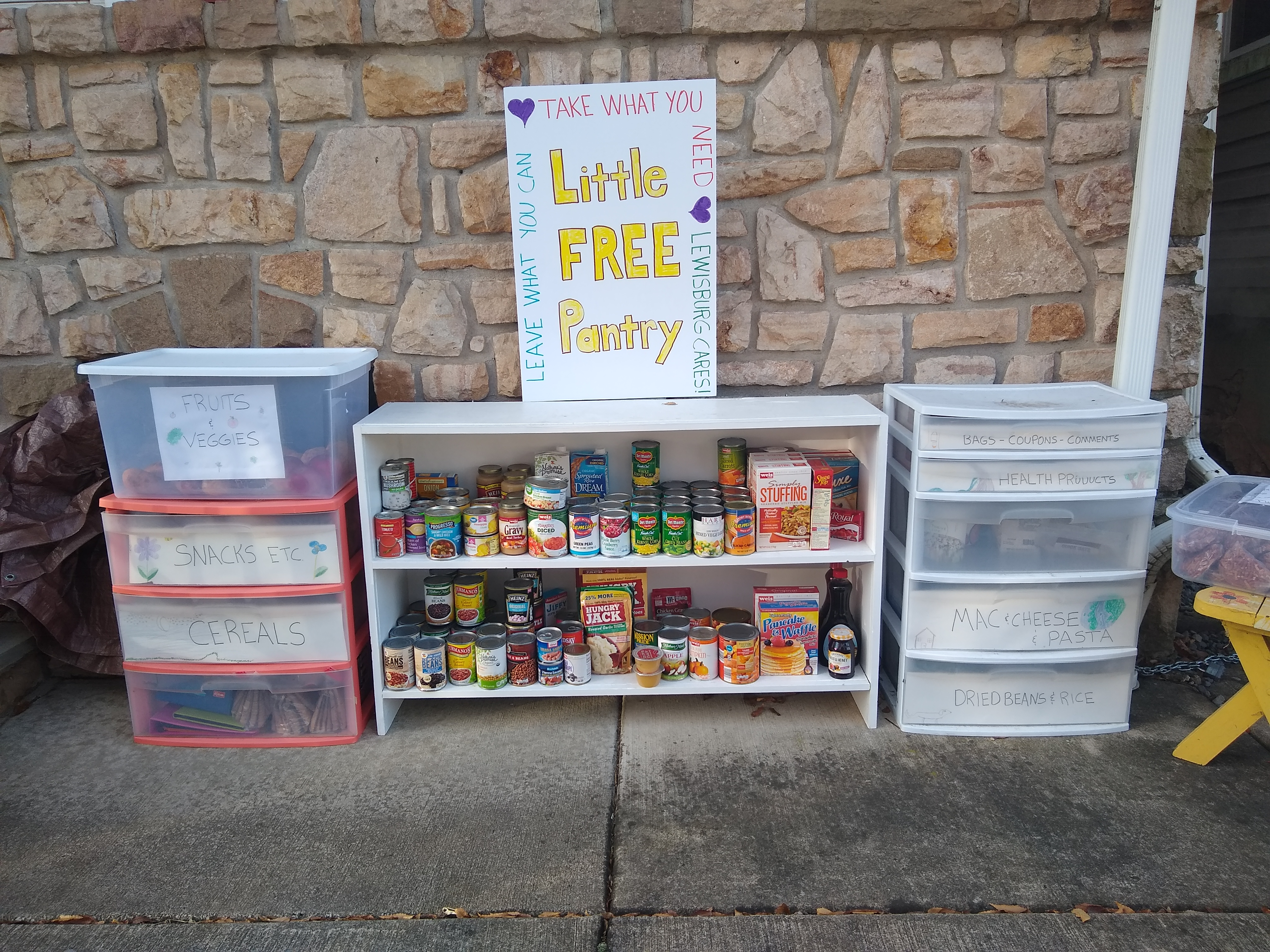 Lewisburg Little Free Pantry Photo 1