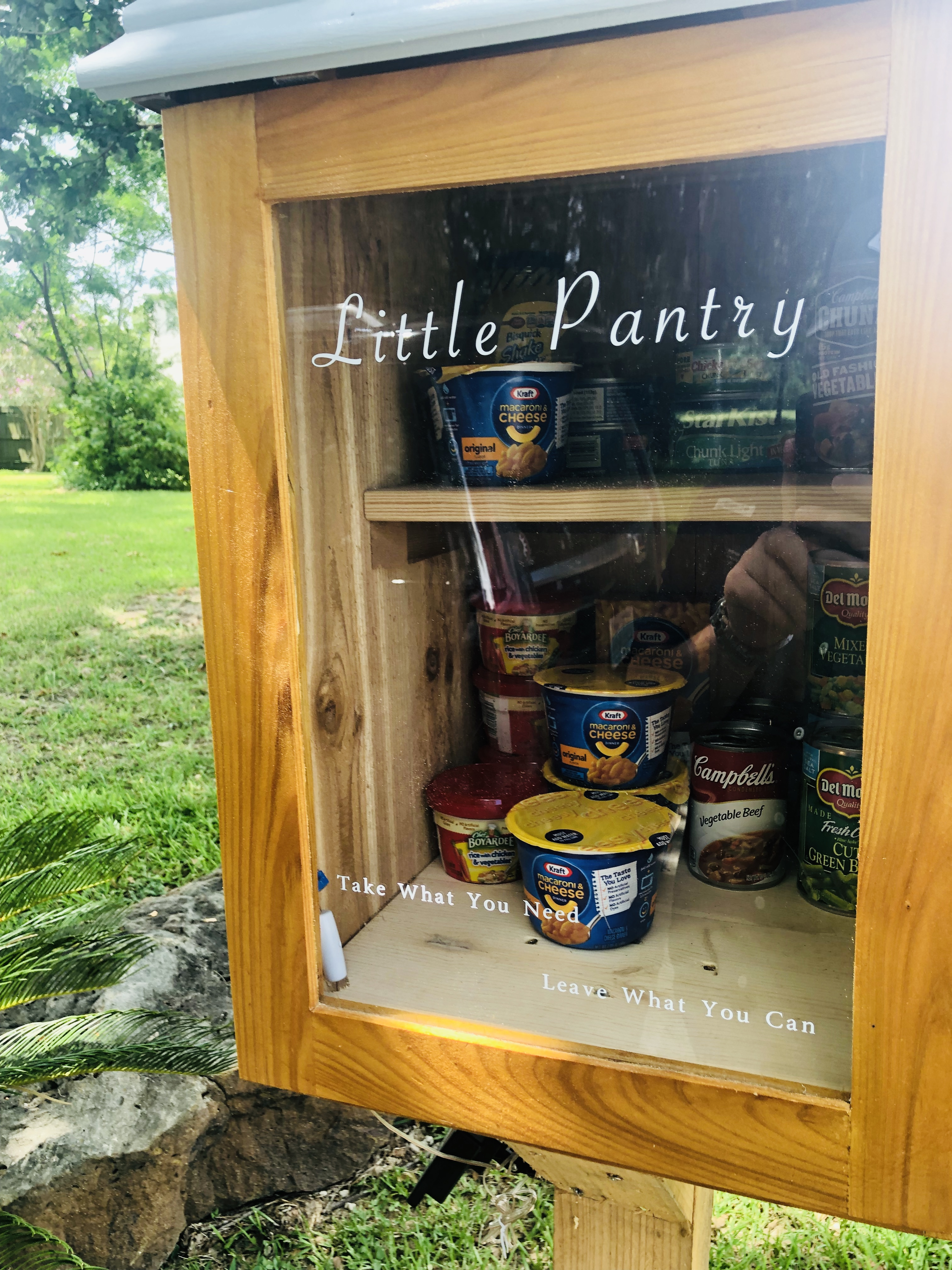 White Oak Terrace Free Pantry Photo 2